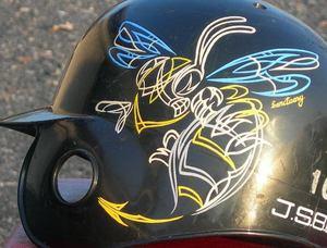 ヘルメット BEE